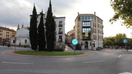 Glorieta del Personal Médico nombrada por el Ayuntamiento de Logroño